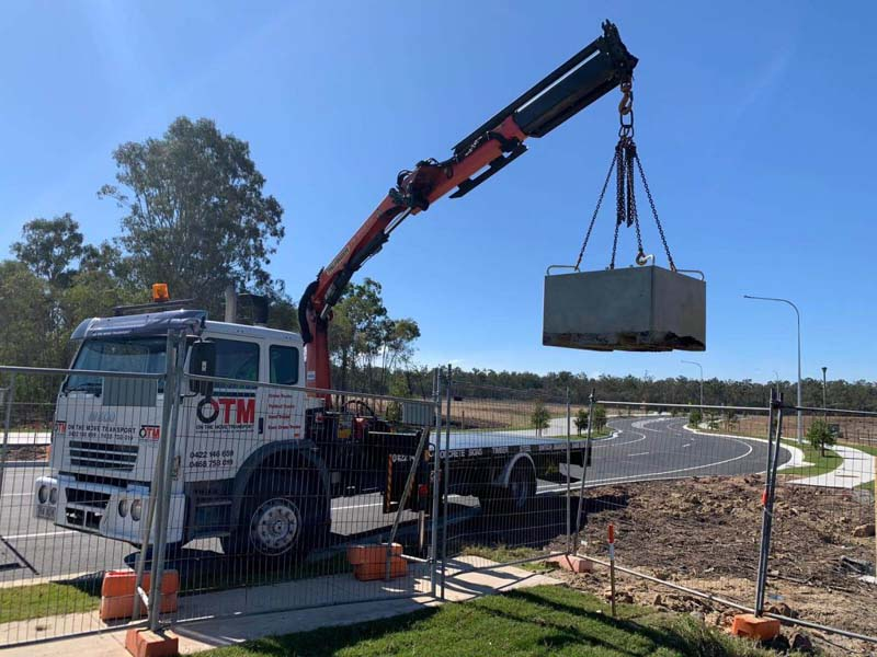 Budget Crane Truck Hire Service