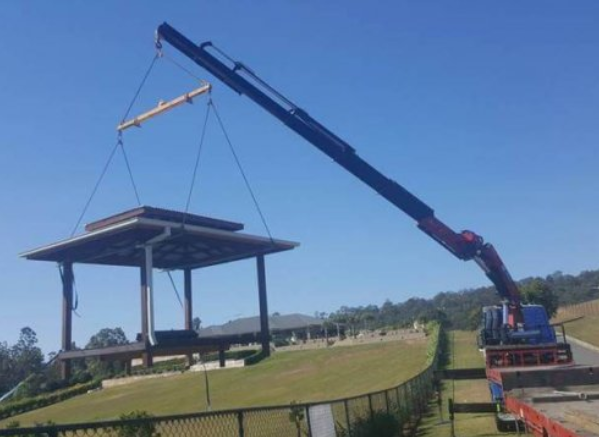 Reliable Crane Truck Hire and Transport Services