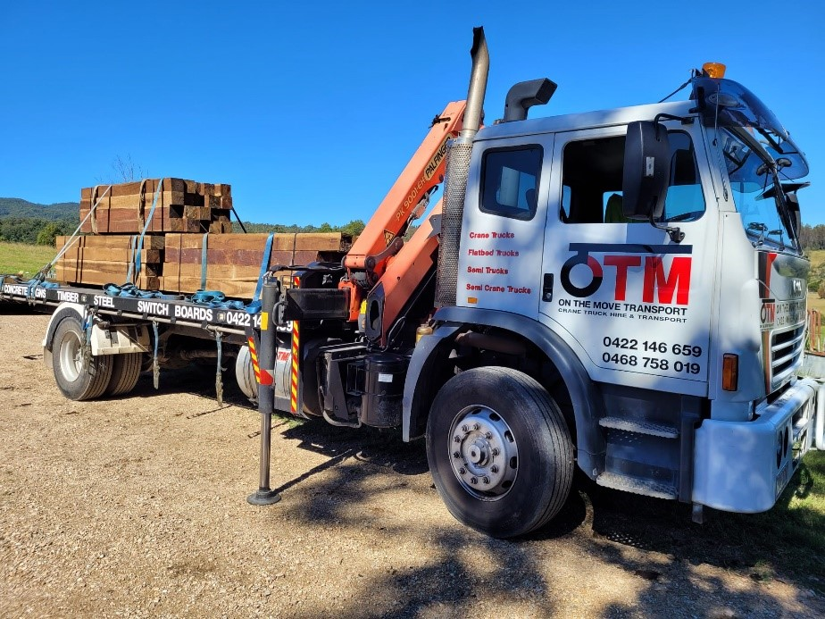 Crane Truck Timber Transport