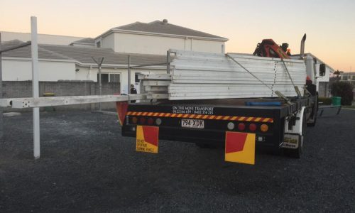 dismantling shed with crane truck on the gold coast1