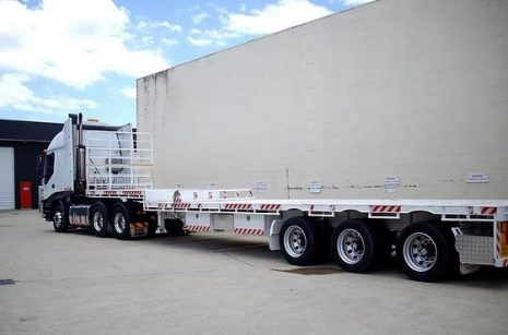 Flatbed Semi Truck Hire - Gold Coast And Brisbane