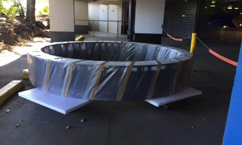 Crane truck Gold Coast - delivery of sign