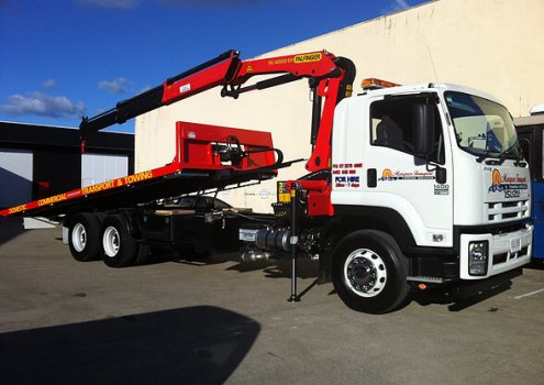 12 tonne crane truck for hire with 10 meter reach crane and 8 meter tray