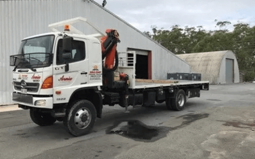 8 tonne crane truck for hire with 7 meter reach crane and 6 meter tray