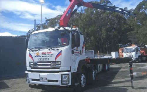 16 tonne crane truck for hire with 15 meter reach crane and 8.5 meter tray