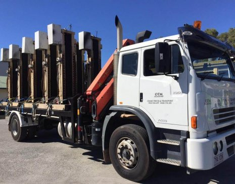 Hoist delivery with our 8 tonne crane truck in Coolangatta, Gold Coast